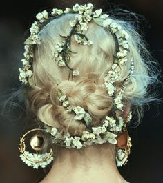 "lilearthfairy666: "" highqualityfashion: "" Hair at Dolce & Gabbana SS 14 "" I wish I could do this daily """