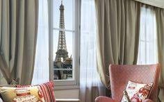 La Clef Tour Eiffel Paris is set in a 19th-century building designed by architect Ricardo Bofill, La Clef Tour Eiffel Paris, 5-star property, is a contemporary embodiment of the Parisian joie de vivre.