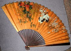 >y< Vintage Japanese Fan