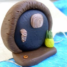 Hobbit doors made out of polymer clay #Hobbit
