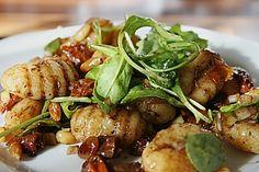 Gnocchi-Salat, ein beliebtes Rezept aus der Kategorie Gemüse. Bewertungen: 19. Durchschnitt: Ø 4,3.