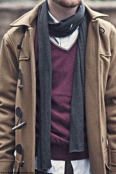 skinny scarf and layers, kinda a pity with the colors, the white stripe on that vneck and the toggles otherwise this would be great