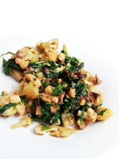 A Profound Hatred of Meat: Creamy Cauliflower with Braised Oyster Mushrooms & Spinach