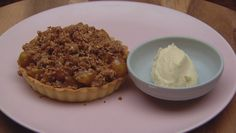 Apple Crumble Tart with Brandy Creamundefined