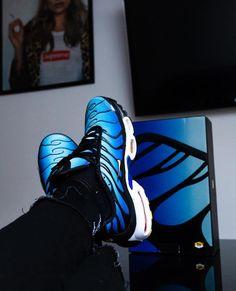 331dd8ef4c Credits : @antonio.thiery #sneakersavenue... Nike Tn, Nike Sportswear