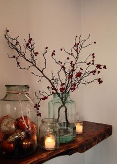 70 Holiday Christmas Home Decorating Ideas - Winter/Christmas - Deco Home French Christmas, Christmas On A Budget, Christmas Decorations For The Home, Simple Christmas, Winter Christmas, Christmas Home, Christmas Crafts, Thanksgiving Holiday, Minimal Christmas
