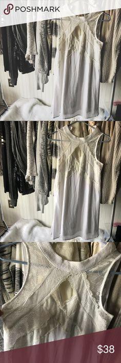Francesca's  dress Beautiful dress from Francesca's  Worn once for graduation ( 1hr)  Runs a little big & it was a little long for me (5'2) Francesca's Collections Dresses