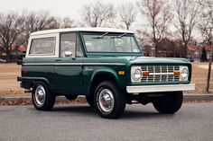 Bronco - used to drive this exact bronco! I loved the windshield wipers swishing downwards! Miss those days!