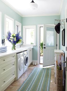 Love the cheery openness of this laundry room (Photo credit: From House & Home October 2007 issue, photography by Donna Griffith). with this laundry room, i would make sure that right outside the door i had a laundry line so i could air dry the laundry during good weather and get the great smell of nature and be green at the same time