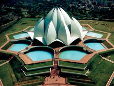 THE LOTUS TEMPLE, INDIA. #architecture #buildings #temples http://www.pinterest.com/TheHitman14/architecture-%2B/