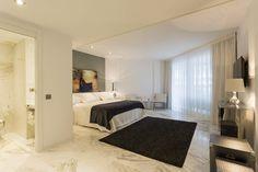 TASOS APARTMENT | En los 140m2 de este bonito apartamento podrás disfrutar de una estancia en Ibiza al alcance de unos pocos. #ibiza #luxury #ibizaluxury #apartments