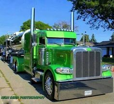 Peterbilt 389 Big Rig Trucks, Heavy Duty Trucks, Show Trucks, Peterbilt 389, Peterbilt Trucks, Custom Big Rigs, Custom Trucks, Ranger, Trailers For Sale