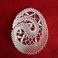 Lace Heart, Lace Jewelry, Bobbin Lace, Paper Weights, Special Day, Lace Detail, Diy And Crafts, Crochet, Butterfly