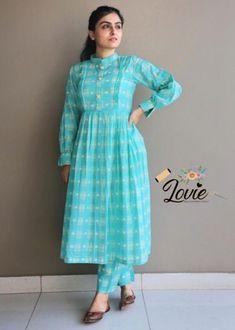 Simple Kurti Designs, Kurti Neck Designs, Stylish Dress Designs, Kurta Designs Women, Designs For Dresses, Stylish Dresses, Blouse Designs, Frock Fashion, Indian Fashion Dresses