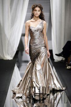 Zuhair Murad Automne-hiver 2007-2008 - Haute couture - http://fr.flip-zone.com/fashion/couture-1/fashion-houses/zuhair-murad,187