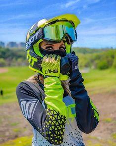 Nice pic from . Dirt Bike Girl, Dirt Bike Riding Gear, Dirt Bike Helmets, Motorcycle Dirt Bike, Motorbike Girl, Dirt Biking, Motorcycle Quotes, Womens Dirt Bike Gear, Triumph Motorcycles