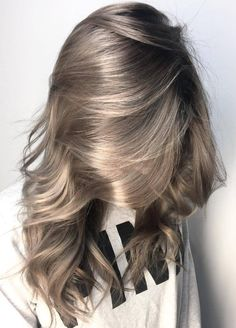 Pinterest: DEBORAHPRAHA ♥️ Grey hair color #haircolor #ideas #grey