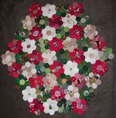 ProsperityStuff Christmas Hexagons Quilt Top