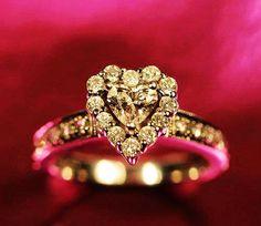 Heart Diamond Ring http://www.loveitsomuch.com/