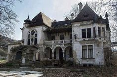 Abandoned+Gothic+Homes | horror architecture haunted gothic victorian abandoned #gothicarchitecture #victorianarchitecture