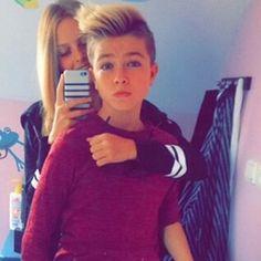 Max et sa petite amie