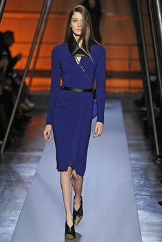 Roland Mouret RTW Fall 2014 - Paris Fashion Week