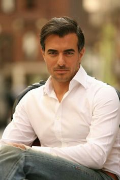 Serhan Yavas, b. Turkish actor & model (Turkey's Chris Noth, don't you think? Turkish Men, Turkish Actors, Chris Noth, Mix Photo, Star Wars, Actor Model, Most Beautiful Man, Classic Outfits, Male Beauty