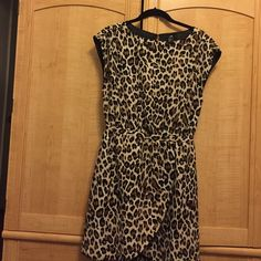 Cheetah print dress Cute dress for work or a night out. H&M Dresses Midi