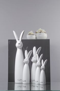 Hase Luca. Von klein bis groß ein Osterklassiker! Hochwertige Keramik, Tolles Design. Setzt sich qualitativ und optisch deutlich von üblicher Oster-Deko ab.