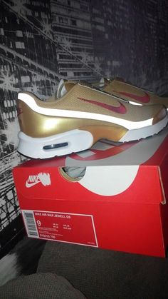 a46905bd3a201 Nike Air Max Jewell QS