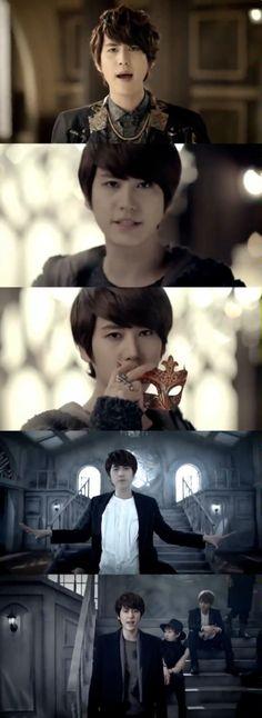 Opera: Kyuhyun // I love him in this MV... *sigh*