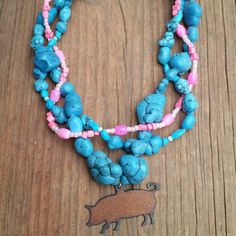 New Pig Necklace! Start to new livestock show series.