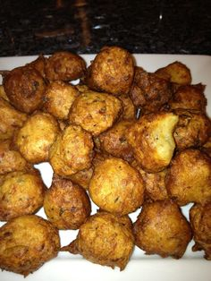 Bajan Fish Cakes Yummy....http://www.caribbeandreamsmagazine.com/index.php/component/content/article/80-explore/eat-drink/recipes/562-bajan-fish-cakes