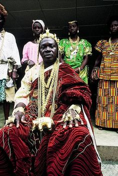 ANYI PEOPLE: AN AKAN ETHNIC GROUP IN IVORY COAST THAT MAKE KINGS OUT OF AFRICAN`S IN DIASPORA The Anyi or Agni (also known as Ton or Kotoko) Kwa-speaking sub-group of Akan people living in Cote d`Ivoire (Ivory Coast) and Ghana.
