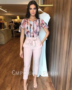 Crop Top Outfits, Casual Work Outfits, Classy Outfits, Cute Outfits, Dress Outfits, Business Outfits Women, Business Casual Attire, Professional Attire, Look Fashion