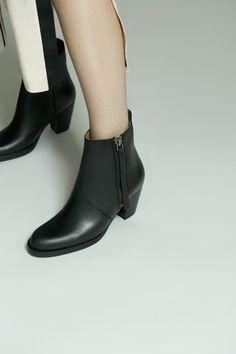 ACNE STUDIOS Pistol Sh Black Ankle Boots *OWN IT*