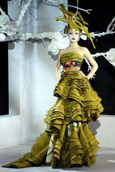 Christian Dior Spring 2007 Couture Fashion Show - Raquel Zimmermann