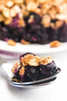 The Ultimate Healthy Blueberry Crumble {Recipe Video!}   Amy's Healthy Baking Blueberry Crisp, Blueberry Crumble, Easy Snacks, Easy Desserts, Dessert Recipes, Crockpot, Healthy Muffins, Healthy Cookies, Healthy Sweets