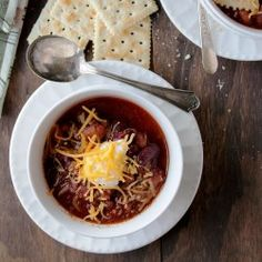 Slow Cooker Chili:: Beefy chili packed with beans, vegetables, and spice