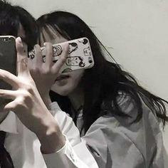 ☆ Save = Follow me ☆ ♡ Follow me = I love you ♡ Matching Couples, Matching Icons, Matching Pfp, Cute Couples, Ulzzang Couple, Ulzzang Boy, Couple Avatar, Korean Friends, Korean Couple