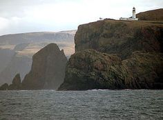 Discover Cape Wrath in Keoldale, Scotland: The farthest northwesterly point of the British mainland is one of the most remote places in the Scottish Highlands. North Coast 500, England And Scotland, Scotland Uk, Scottish Highlands, Travel News, British Isles, Trail, Places To Visit, Around The Worlds
