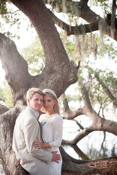 Outdoor wedding photo idea. This is cool. I like pics with trees. :)