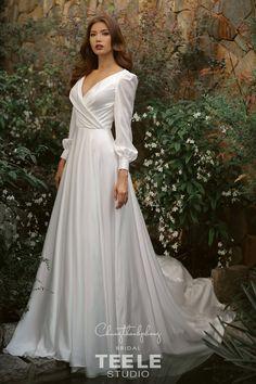 Wedding Looks, Dream Wedding, Roaring 20s Fashion, Long Skirt Fashion, Yes To The Dress, Bridal Dresses, One Shoulder Wedding Dress, White Dress, Gowns