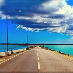 Turks e Caicos - Estrada para o paraíso