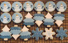 Christmas Biscuits, Christmas Sugar Cookies, Holiday Cookies, Christmas Candy, Christmas Treats, Christmas Baking, Iced Cookies, Fun Cookies, Cupcake Cookies