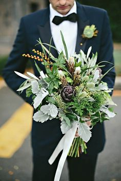 Forget flowers altogether and go green with a wedding bouquet of greenery and unusual plant accents | ein photography