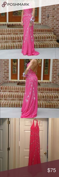 Never Altered Pink Sequin Prom Dress Size 0 Haltered pink prom dress with silver and pink sequin details. Never altered size 0. Dresses Prom