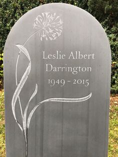 Headstones for graves: 10 stunning designs Grave Headstones, Headstones For Graves, Setting Up A Charity, Tombstone Designs, Cemetery Monuments, Beautiful Lettering, Memorial Stones, Wood Carving Patterns, Ap Art
