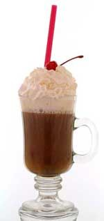ICE COFFEE: Don't give up your caffeine fix for the warmer months-drink it iced.  #Coffee #RecipeDrinks