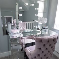 Mar 2020 - Thank you so much for featuring our Diaz Hollywood Mirror. ✨ Makeup Mirror with Lights Bedroom Interior, Bedroom Design, Makeup Room Decor, Bedroom Decor, Home Decor, Girl Bedroom Decor, Beauty Room Vanity, Room Decor, Room Ideas Bedroom